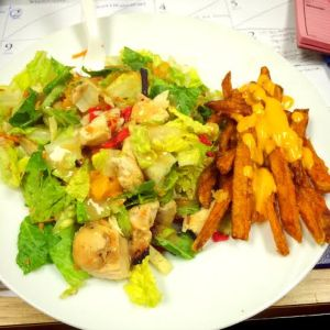 Salad & Sweet Potato Fries